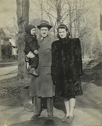 Clifton, Florence and John Lawrence 1941